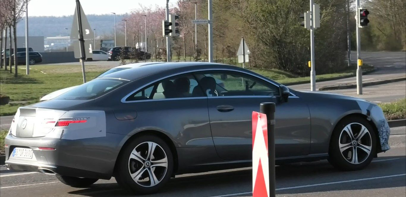 купе Mercedes-Benz E-class